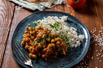 Curry z ciecierzycą wegańskie